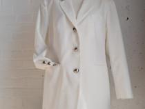 Avans Creation - blazer alb cu butoni metalici, marime 44