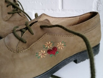 Pantofi cu siret, piele naturala, marime 35