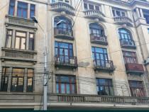 Apartament 4 camere moșilor