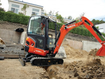 Inchiriez miniexcavator mini excavator