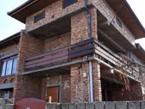 Casa Alunis