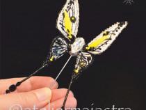 Brosa fluture 3D cristale Swarovski handmade, brosa insecta
