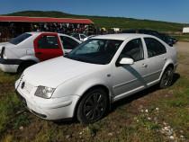 Dezmembrez VW Bora 1,9 TDI