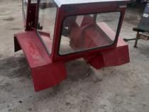 Cabină pentru tractor Universal