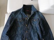 Geaca de blugi sport fashion calitate produs de import