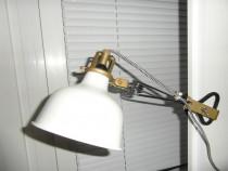 Lampa veioza tip IKEA, 2 bucati, una alba si una neagra.