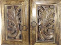 Dulap / suport de bijuterii din lemn ars realizat manual