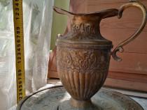 Carafă cu farfurie de alamă