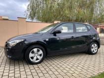 Hyundai i30 1.6 CRDi 115 Cp 2010