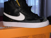 Nike Blazer Mid 77 LX Metallic Swooshes Black
