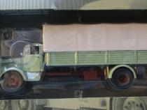 Macheta camion Mercedes L325