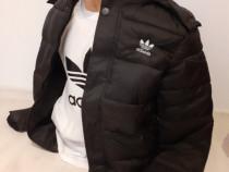 Geaca Adidas cu tricou cadou