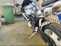 Moto Suzuki gsx r600 k7