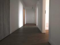 Apartament 3 camere zona Vivo-Complex Grandvia
