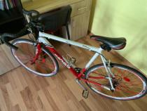Bicicleta Cross Peloton cursiera aluminiu ca Noua