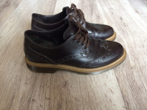 Pantofi casual unisex marimea 38