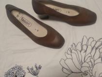 Pantofi dama eleganți și de calitate