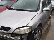 Far stanga Opel Astra G