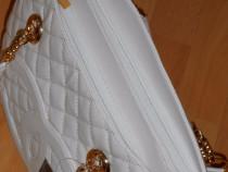 Genti Chanel/accesorii aurii/interior unscriptionat model no