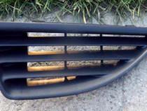 Grila capota stanga Renault Megane I (1999 - 2003)