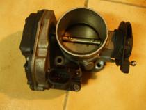 Clapeta acceleratie Vw Passat 2.3 benzina/1997