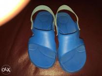 Sandale plastic Masura 28 - 29.