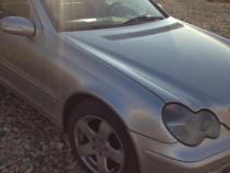 Mercedes c200 sau schimb cu Vito