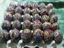 Ouă de lemn încondeiate!