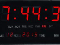 Ceas digital de perete, cu display mare Led