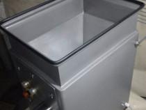 Masina automata profesionala de tocat carne - cu incarcare d