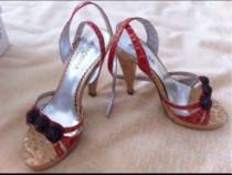 Sandale, rosii, cu cureluse, marimea 36