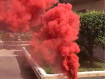 Fumigena rosu categoria P1 pentru poze nunta