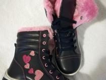 Ghete iarna fete imblanite 27 - 32 negru cu roz si inimi
