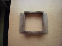 Suport lemn pentru ghivece sau vaze