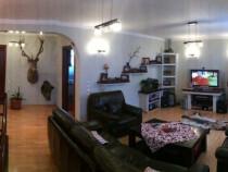 Inchiriez apartament 5+ camere zona Burdujeni
