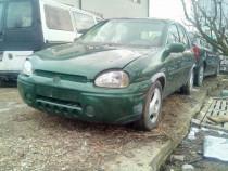 Dezmembrez Opel Corsa 1.4 benzina din 1998