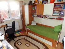 Apartament decomandat etaj 2 3 camere Calea Poplacii