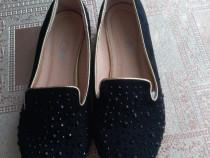 Papuci catifea numar 36