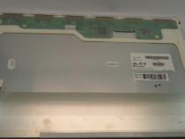 """Display Laptop 17.1"""" LP171WP3 1440×900 conector 30 pini inve"""