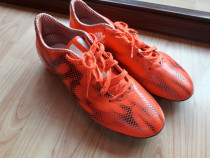 Ghete fotbal Adidas F 10