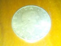 2 monezi vechi italy si Paris Franta