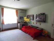 Apartament 2 camere et 1 115 mp mobilat partial in Central