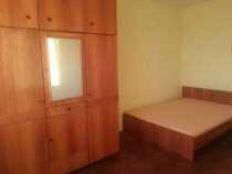 Apartament 3 camere, zona Piata Mare, Fetesti.
