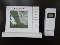 Keenox clock with outdoor sensor