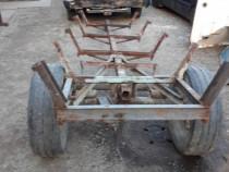 Remorcă după tractor