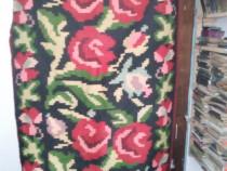 Covoare artizanale romanesti de lana