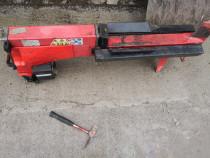 Mașina de crăpat lemne