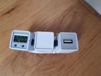 Prelungitor USB cu ceas