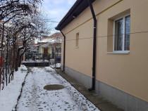 Casa in zona centrala 1 mai