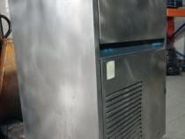 Masina cuburi de gheata NordCap